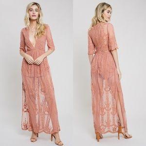 'Amelia' Lace Maxi Dress